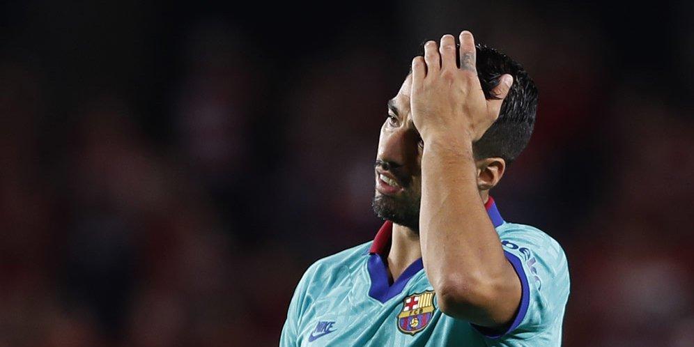 Luis Suarez Absen 4 Bulan, Lewatkan El Clasico dan Kualifikasi Piala Dunia